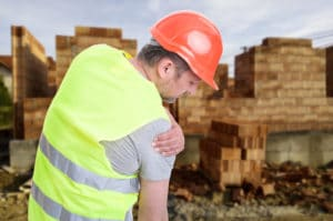 Constructor suffering from shoulder pain